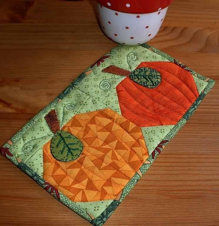 pumpkin patche mug rug