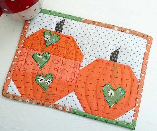 Pumpkin Patch Mug Rug Pattern
