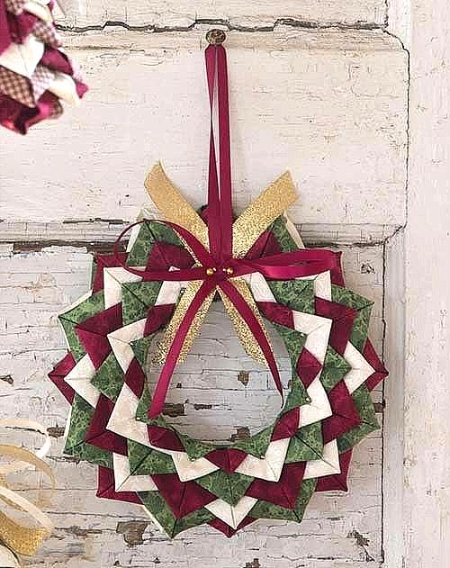 Christmas Wreath Ornament Pattern