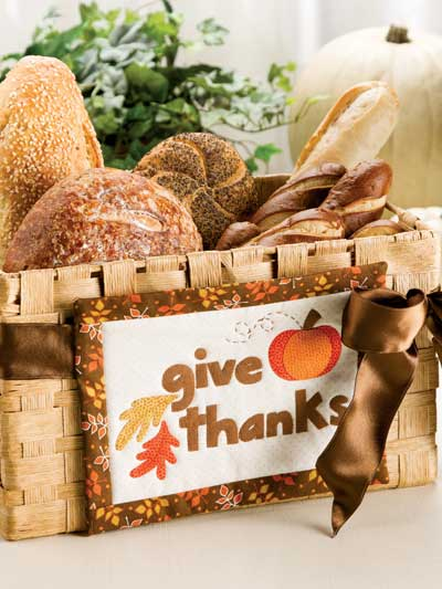 Give Thanks Tie-On