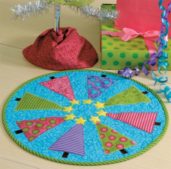 O Christmas Tree Table Topper