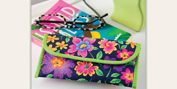 Flower Power Eyeglasses Case Pattern