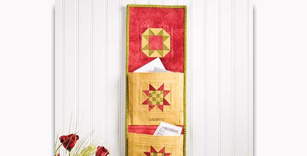 Star Organizer Quilted Wall Hanging