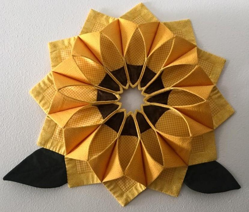 Fold 'n Stitch Wreath For Your Door Or Table Quilting Digest Simple Fold And Stitch Wreath Pattern