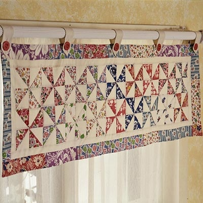 Pinwheels Valance Pattern, with Matching Quilt, Shams and Bedskirt