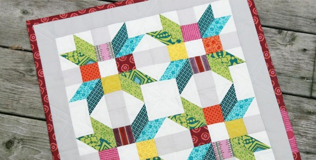 Poinsettia Mini Quilt Pattern