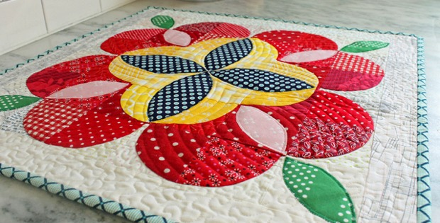 Apple Blossom Wall or Table Quilt