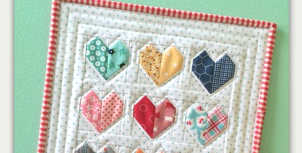 Happy Hearts Mini Quilt For Your Wall Or Table Quilting Digest Cool Heart Quilt Pattern