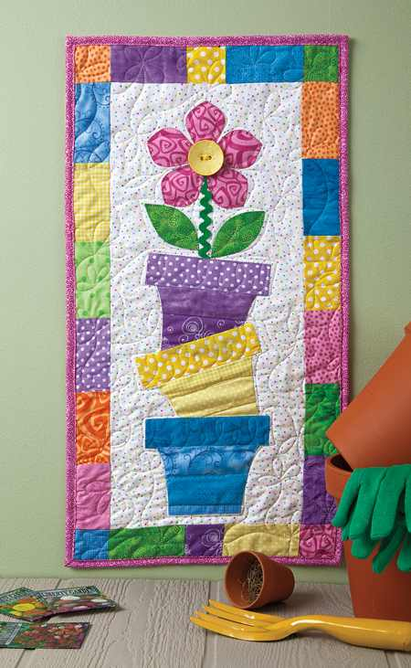 Celebrate spring gardening with this quilt quilting digest for Red door design quilts