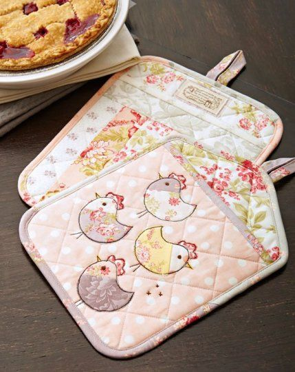 Tweet treat pot holders for your kitchen quilting digest for Kitchen quilting ideas