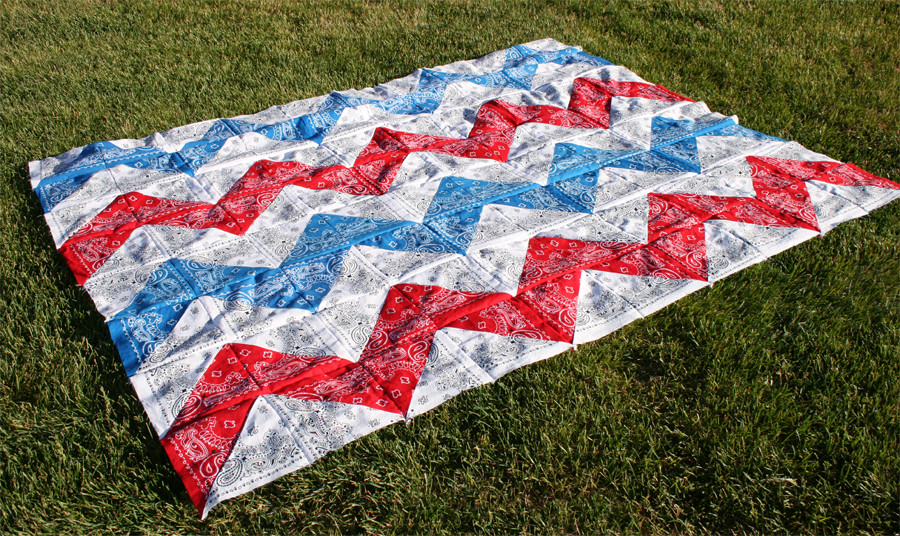 9 Easy Bandana Quilts to Inspire You - Quilting Digest : red bandana quilt - Adamdwight.com