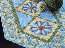 Dresden Daisies Table Runner