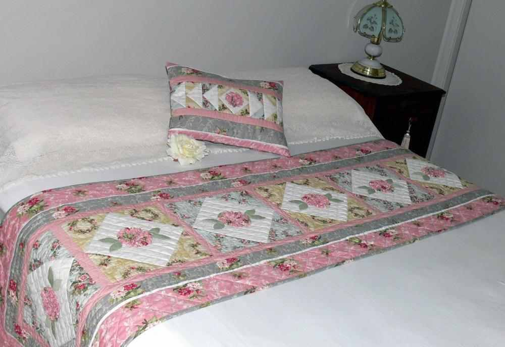 Make a quilted runner to dress up a bed quilting digest for Bed quilting designs