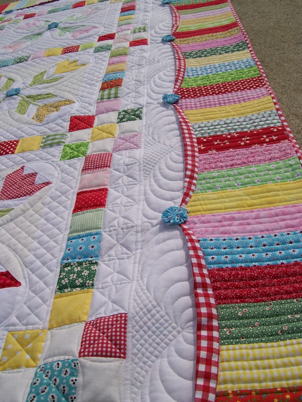 Quilting Stencil Ideas : This Promenading Tulips Quilt is Simply Wonderful - Quilting Digest