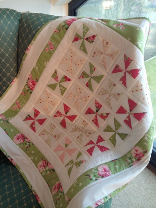 Small Pinwheel Quilt