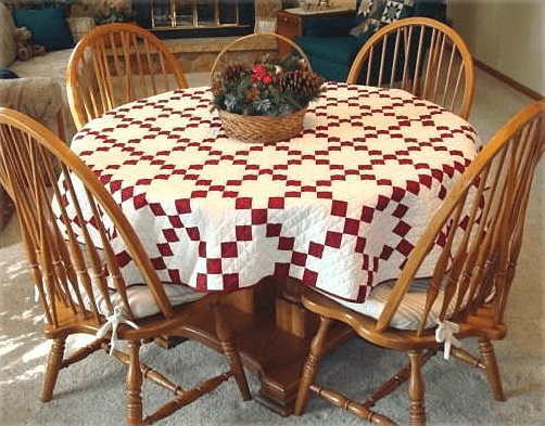 Round Irish Chain Tablecloth Quilt