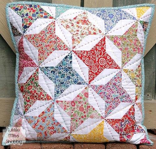 Big Stitch Pillow Tutorial
