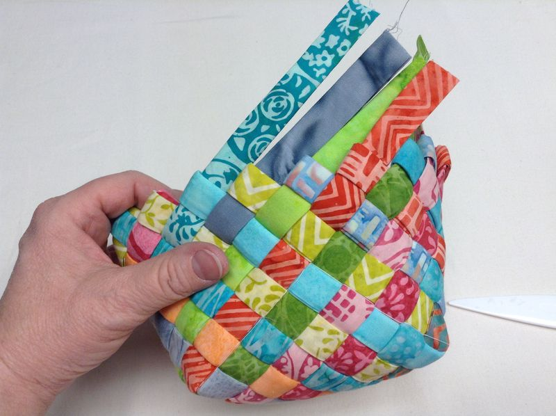 Weave Fabric Strips Into A Charming Basket Quilting Digest