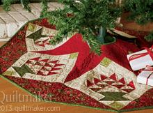 Merry Baskets Tree Skirt