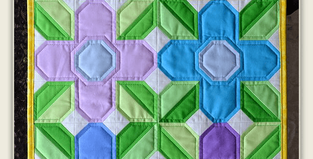 Pretty Posy Mini Quilt