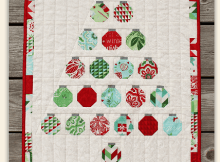 Christmas Baubles Wall Quilt