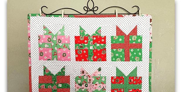 Christmas Present Mini Quilt