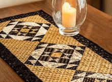 Hourglass Table Runner Pattern