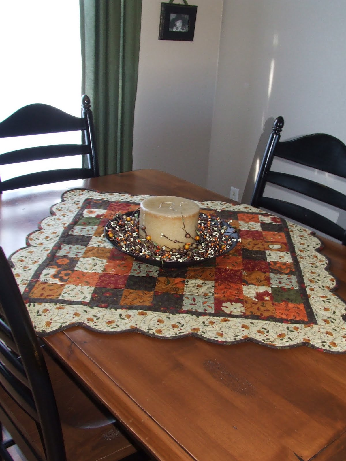 Select Pretty Autumn Fabrics For These Toppers Quilting