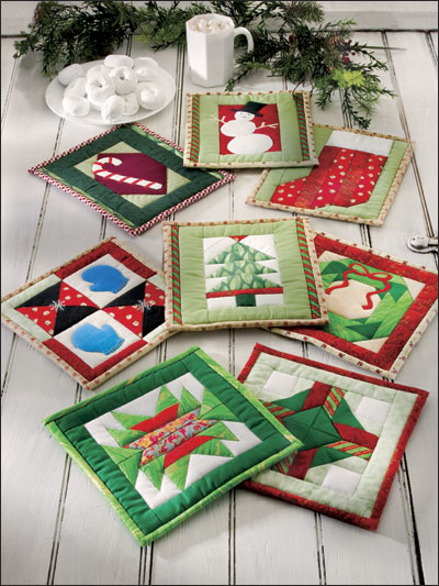 Deck the kitchen with christmas pot holders quilting digest for Kitchen quilting ideas