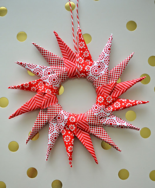 A Lovely Origami Star Ornament For Your Tree