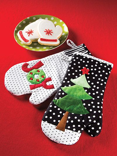 Holiday Oven Mitts