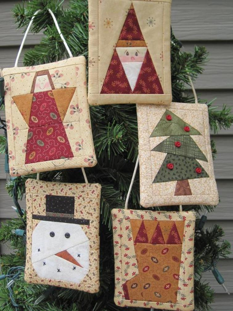 Quilting Christmas Ornaments Patterns : Wrap Up Gift Cards in Beautiful Ornaments - Quilting Digest