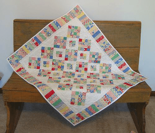 Between Charming Friends Quilt