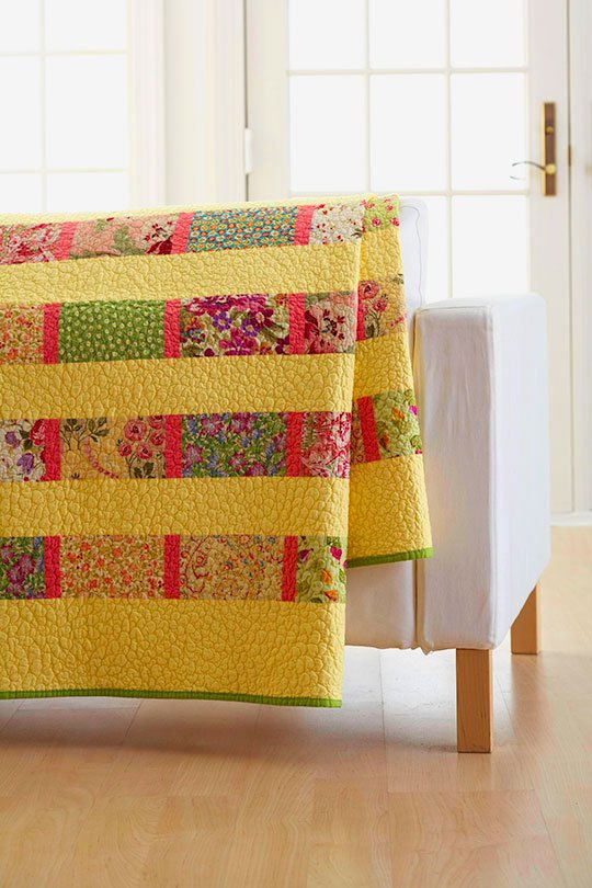 Simple Modern Quilt Patterns Free : This Easy Quilt Takes on Many Different Looks - Quilting Digest