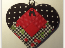 Log Cabin Heart Potholder