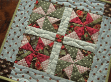 Pinwheel Doll Quilt or Table Mat