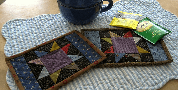 Scrappy Star Mug Rugs