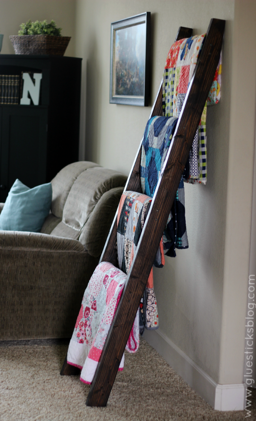 Display Your Quilts On A Diy Quilt Ladder Quilting Digest