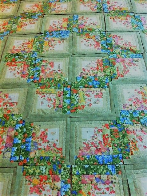 Watercolor Style Log Cabin Quilt