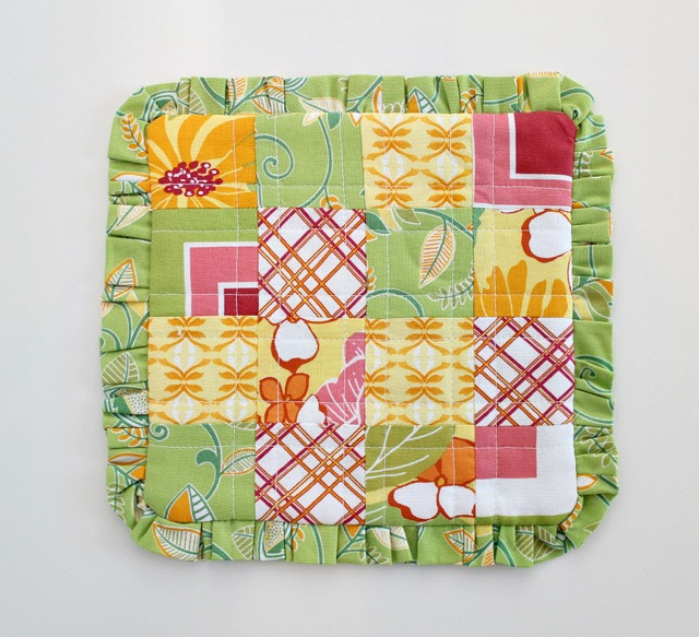 Patchwork And A Ruffle Make A Pretty Mug Rug Quilting Digest