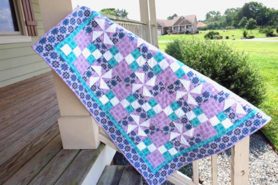 Flowing in the Breeze Quilt Pattern