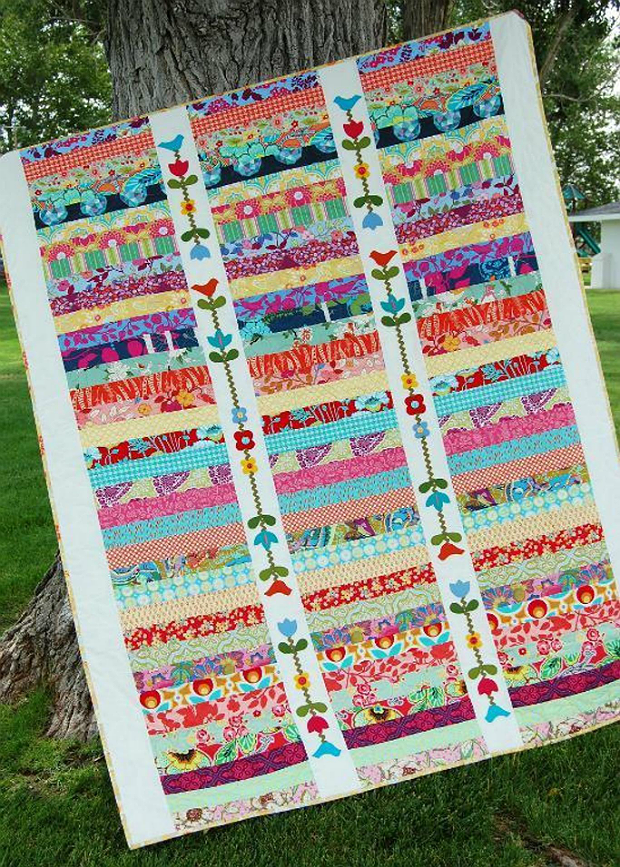 Make simple piecing special with easy applique quilting for Garden trellis designs quilt patterns