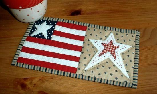 Stars and Stripes Mug Rug