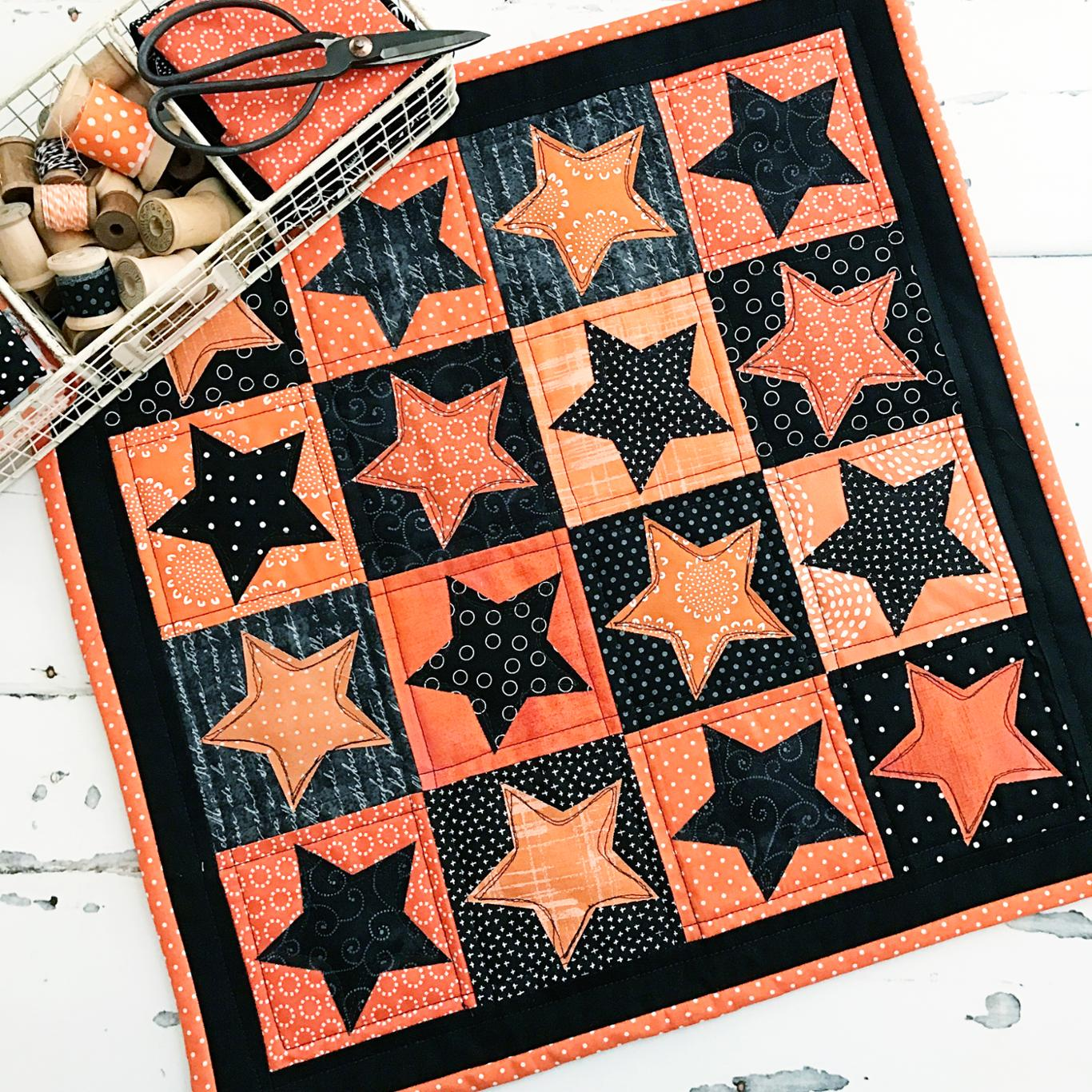 Halloween Star Table Topper