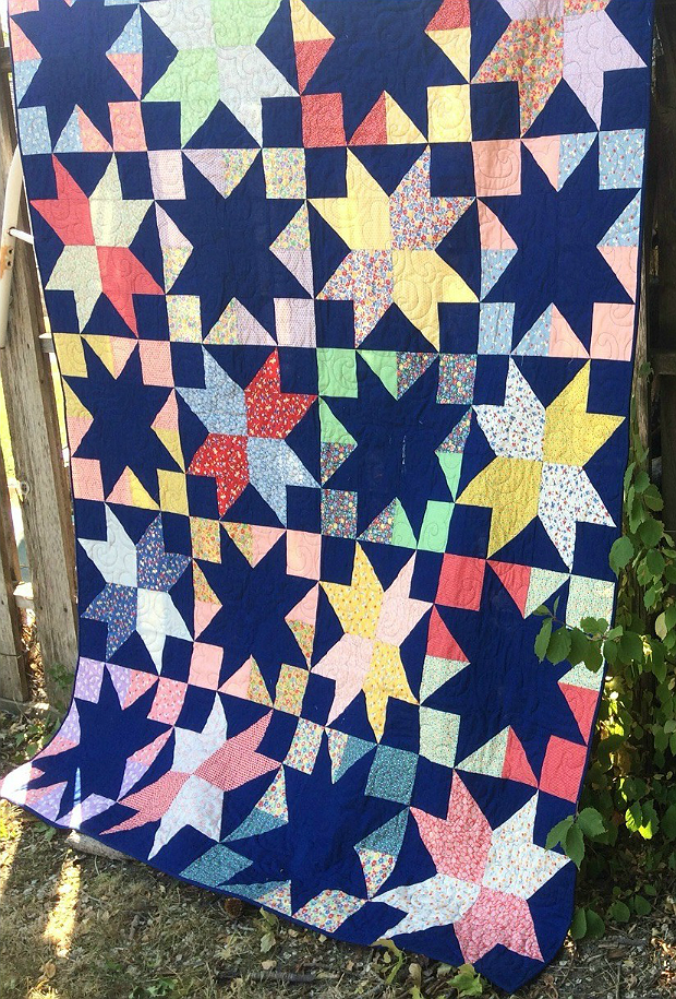 Quilting Digest Free Patterns : Easy Stars Sparkle in This Eye-Catching Quilt - Quilting Digest