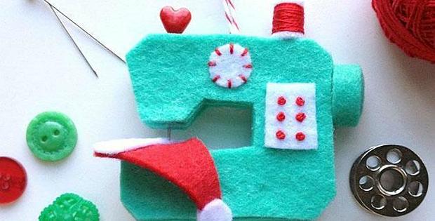 Ho Ho Sew! Sewing Machine Ornament
