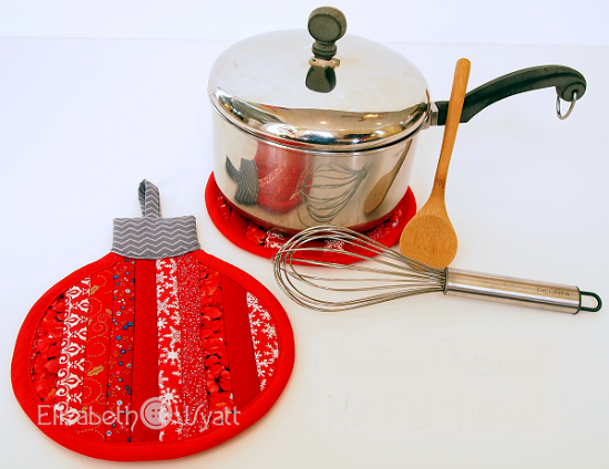 Stripey Christmas Ornament Hot Pad Tutorial