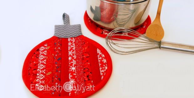 Stripey Christmas Ornament Hot Pad Tutorial