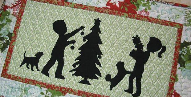 December Magic Mug Rug and Wall Hanging Pattern
