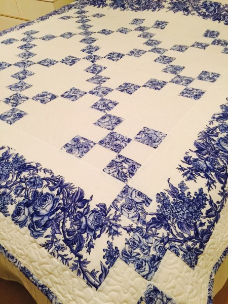 Delft Blue Chaining Nine Patch Quilt